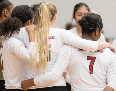 Women's Volleyball vs Lemoyne-Owen College